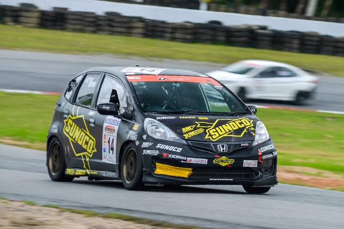 pro-racing-series-2014-r1-bira (1)