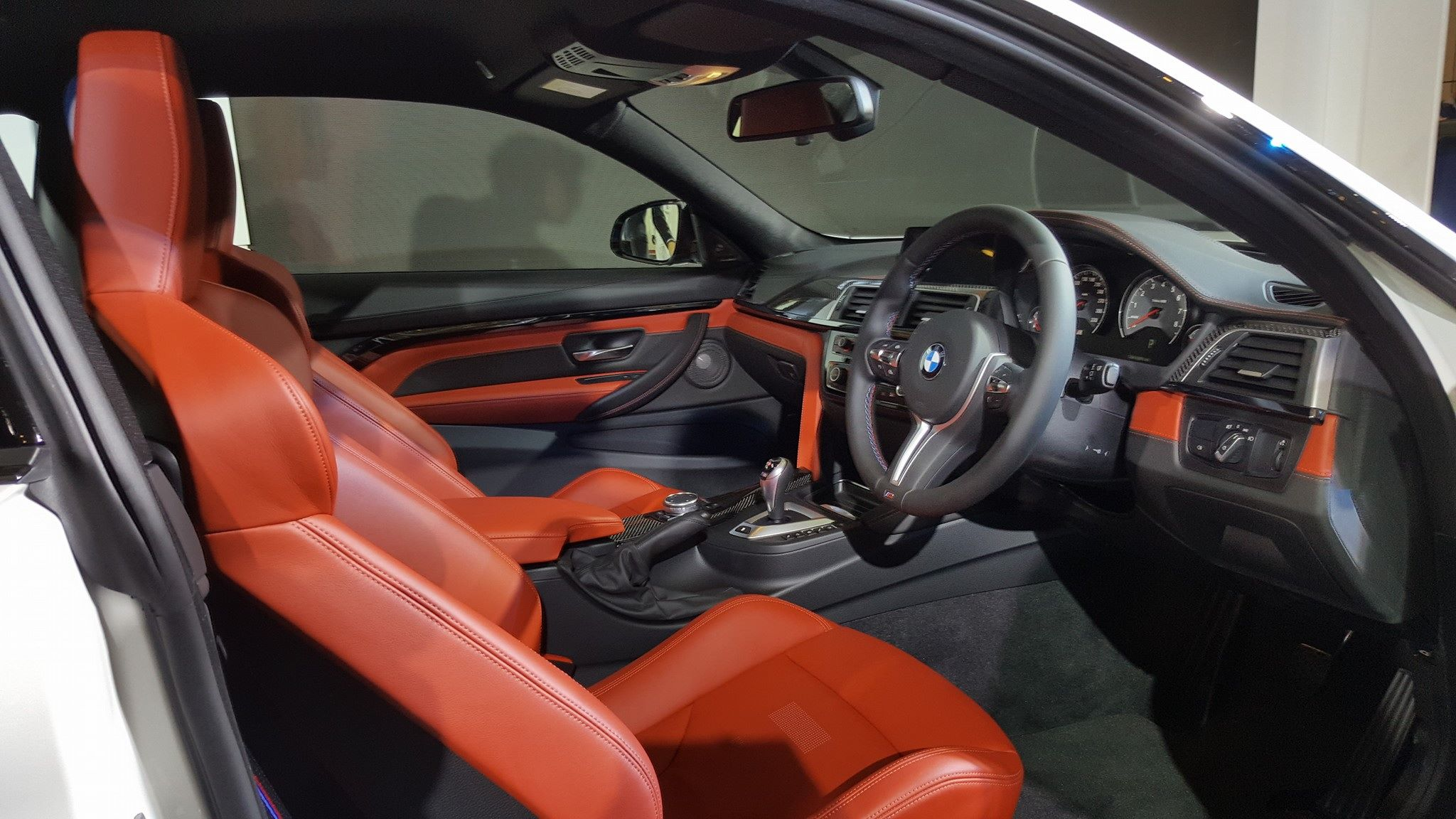 BMW M4 Competition Edition (3)