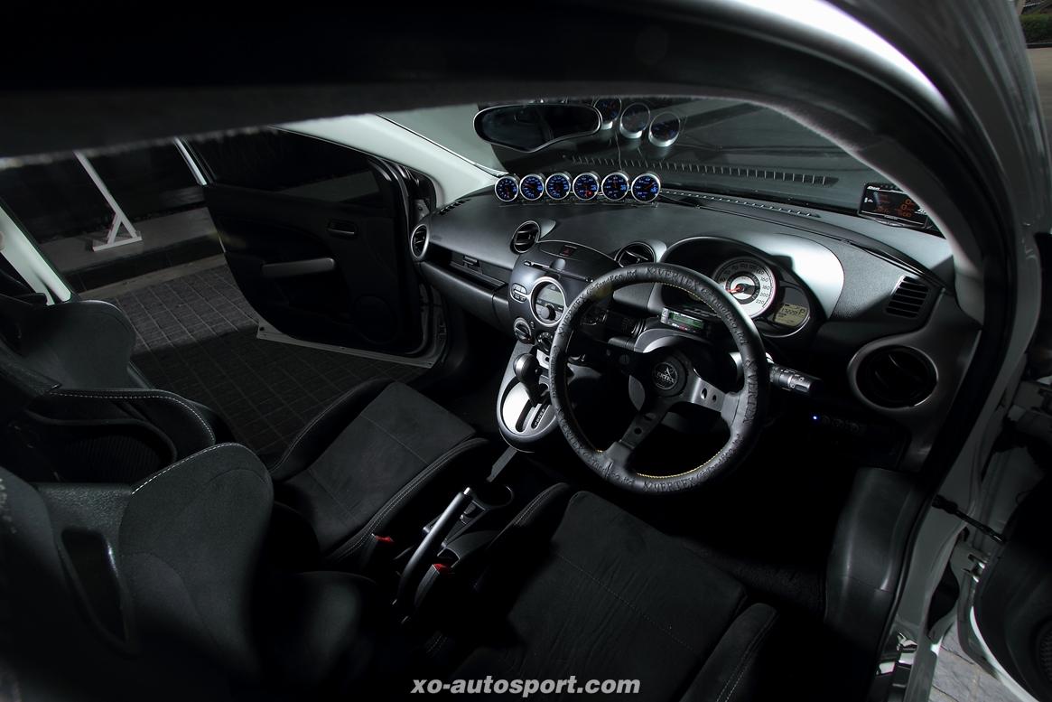 Mazda_2_Turbo_NA_14