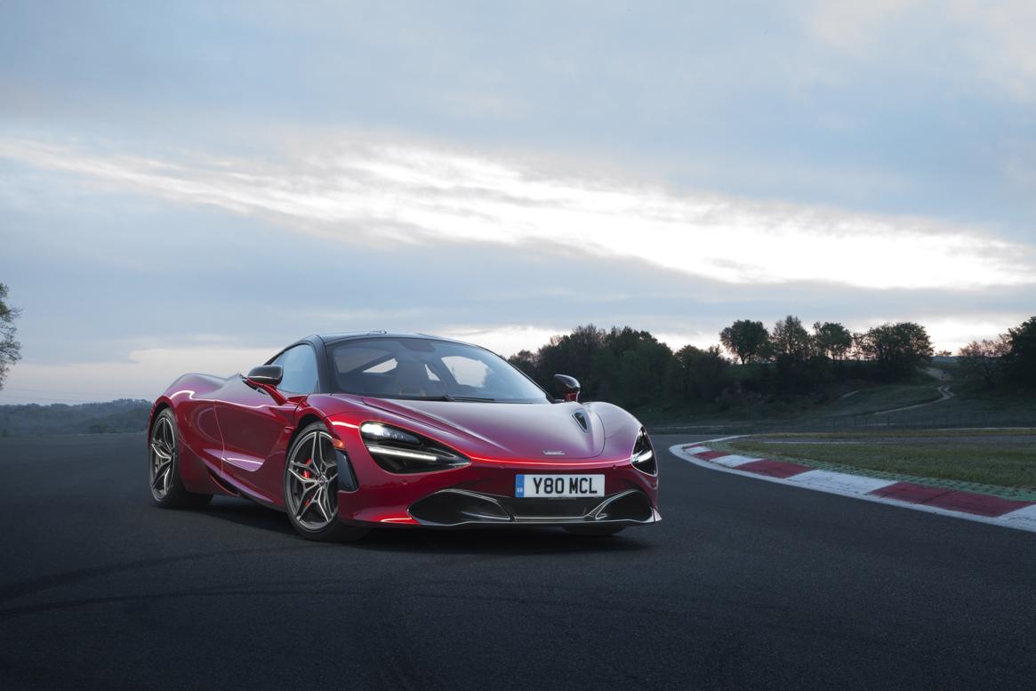 McLaren 720S 02