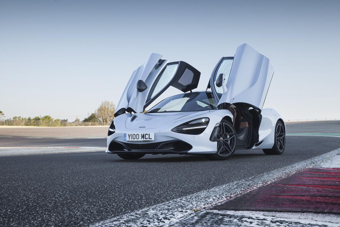 McLaren 720S 03