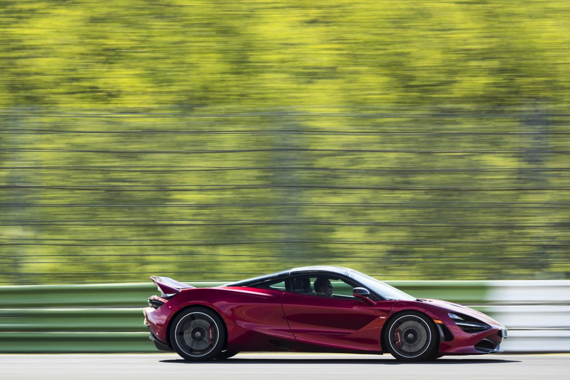 McLaren 720S 07