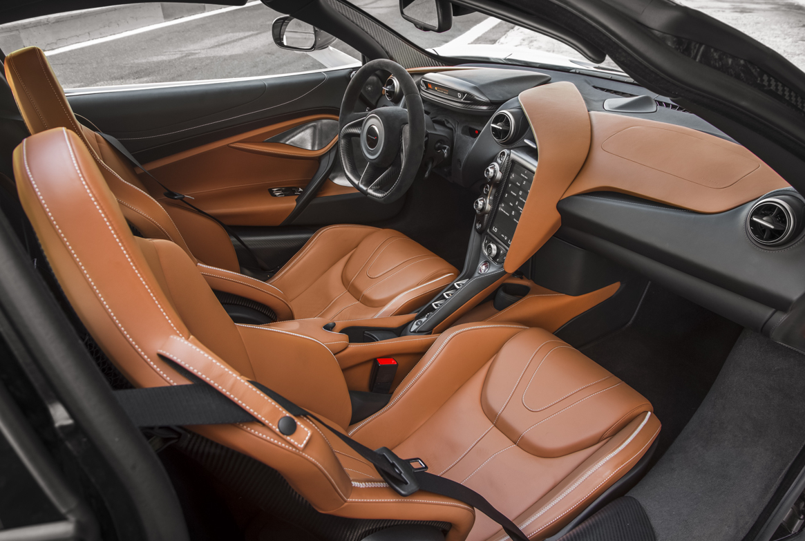 McLaren 720S 17