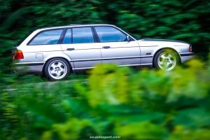 BMW E34 TOURING 1