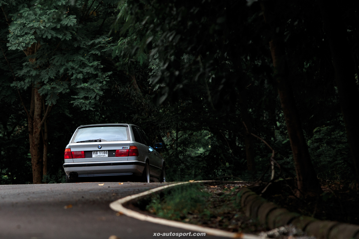 BMW E34 TOURING 3