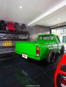 Garage Life_2HH8255