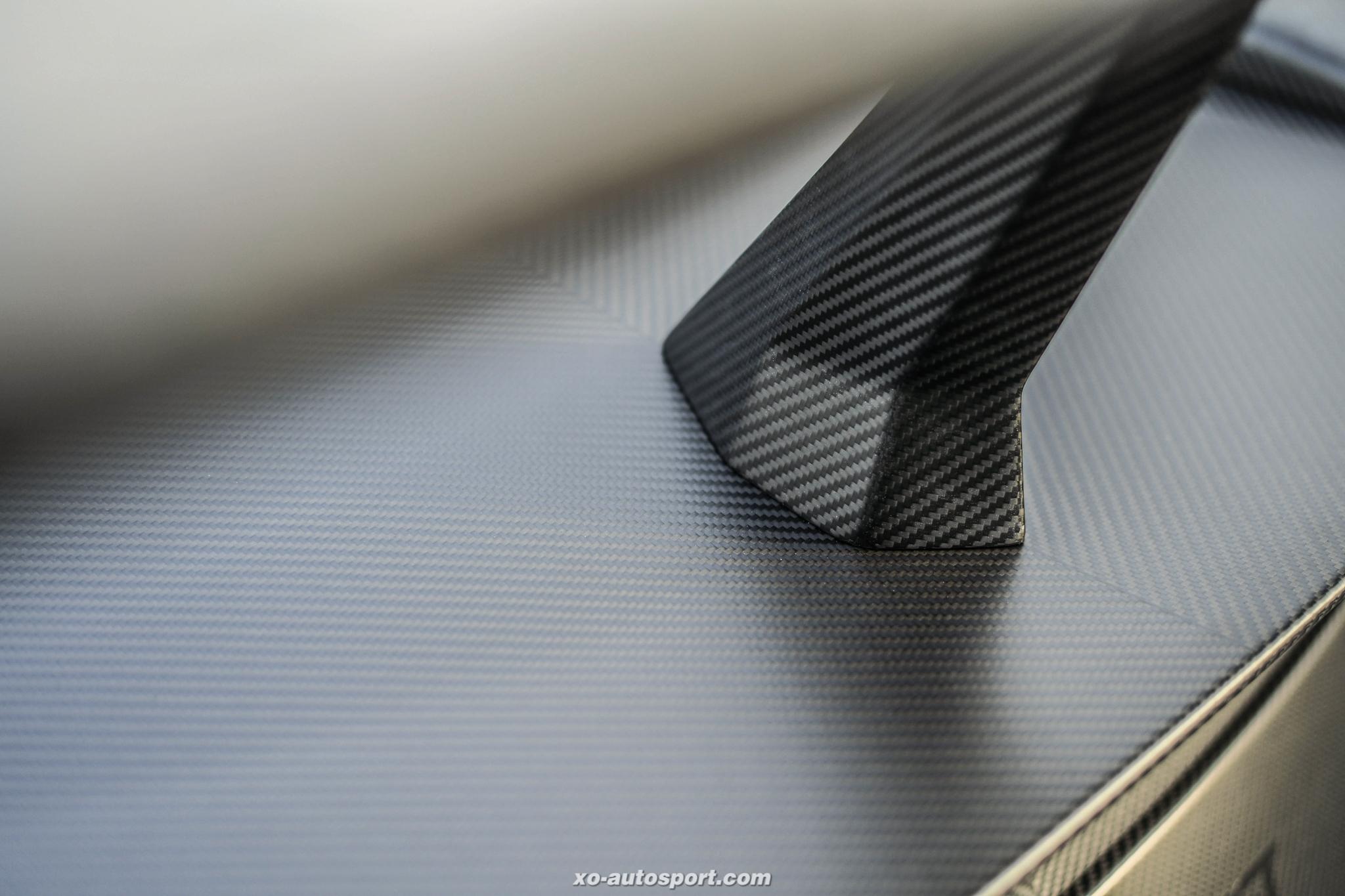 LB Silhouette WORKS GT NISSAN 35 GTRR 12