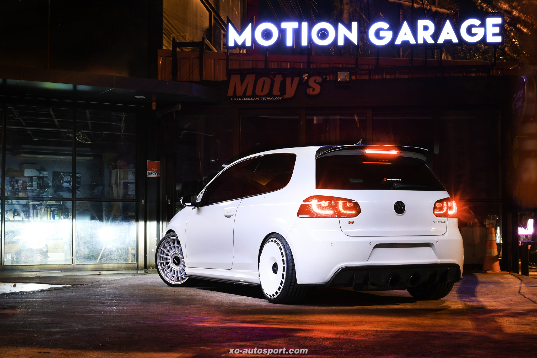 Artty VW GOLF R MK6 3