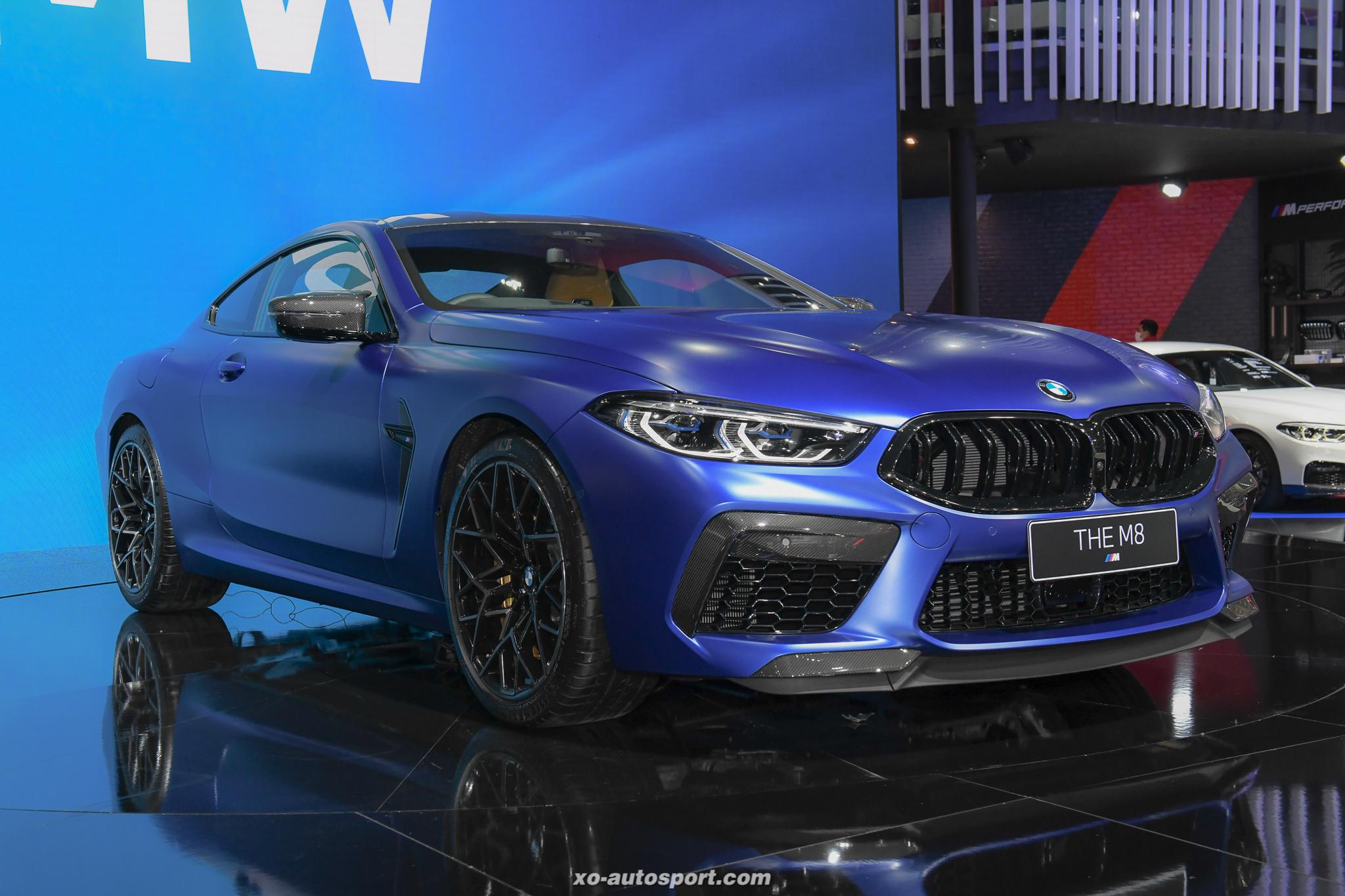 03 BMW M8