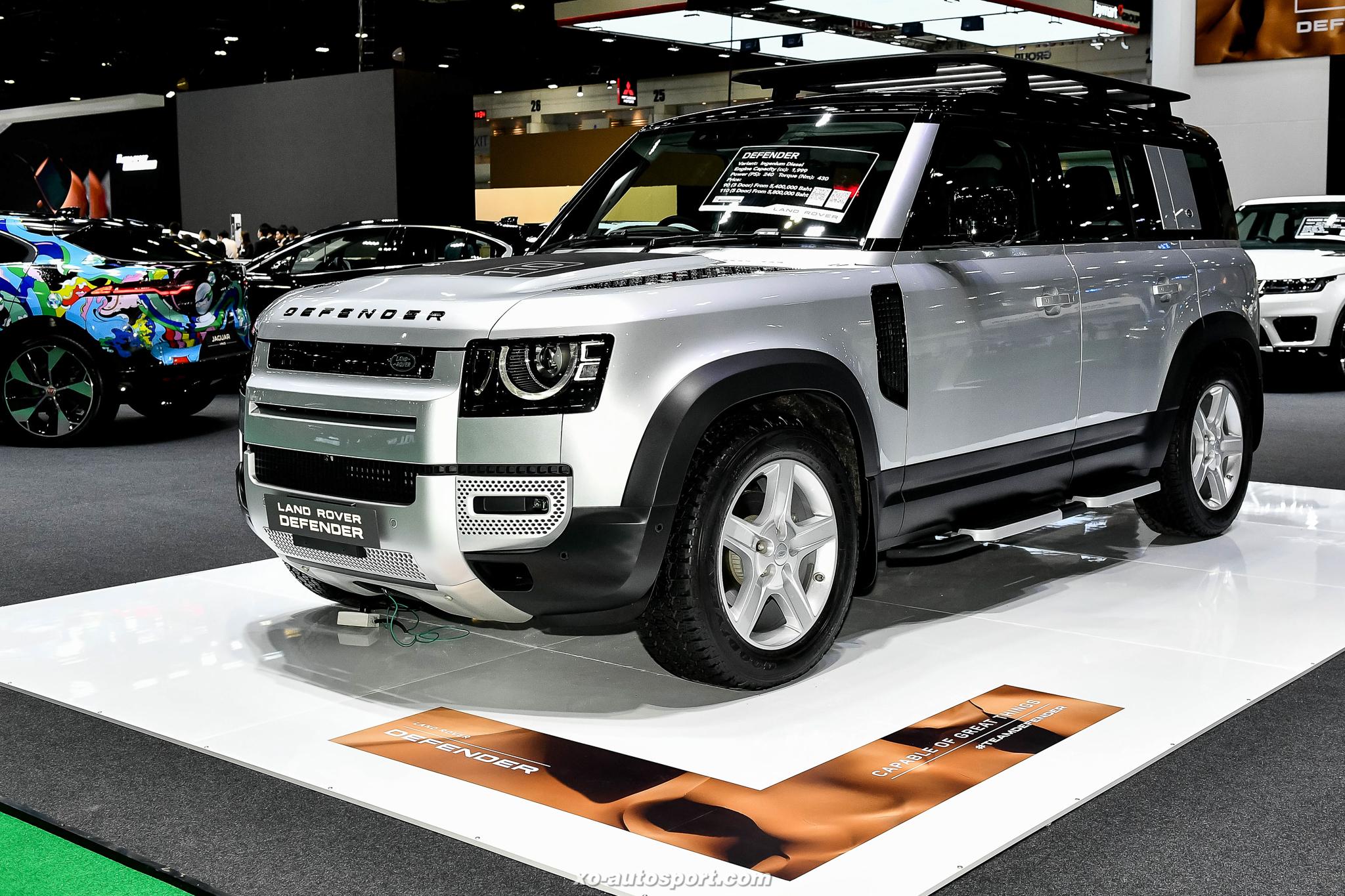 10 Land Rover Defender