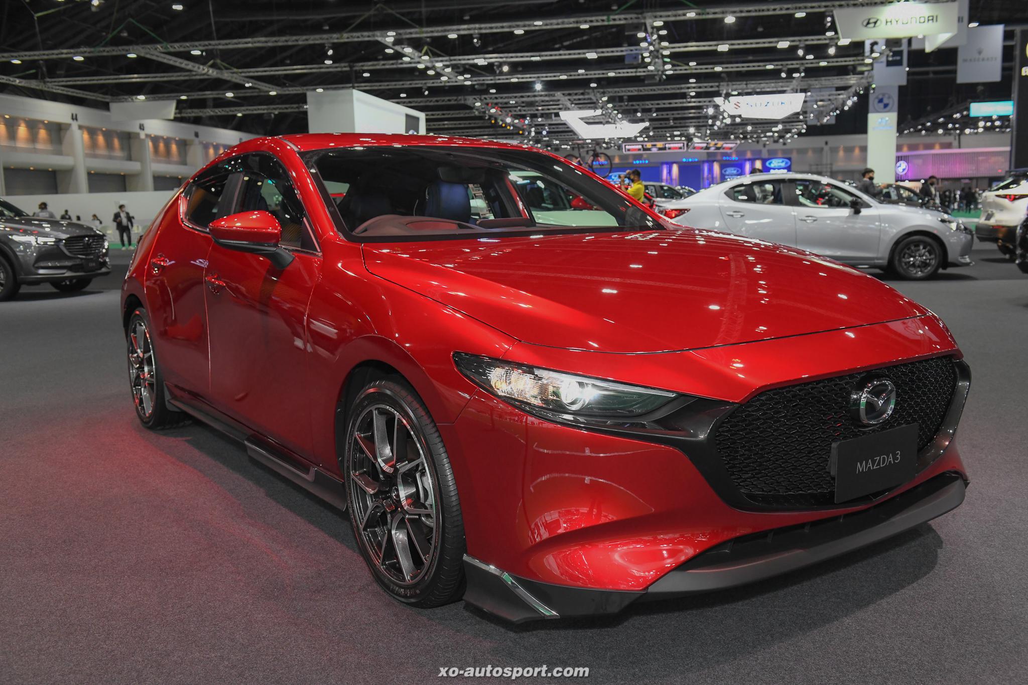 11 Mazda 3