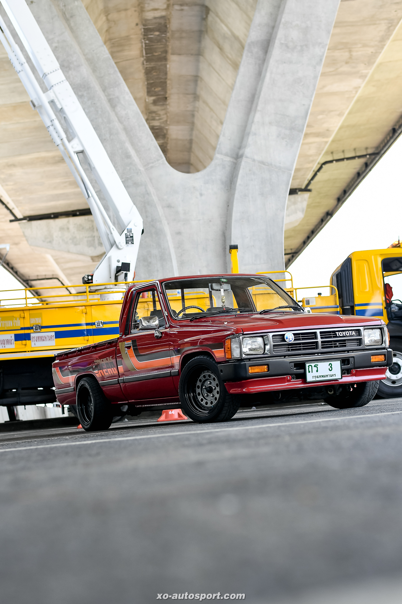 Short base truck 001
