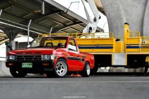 Short base truck 33