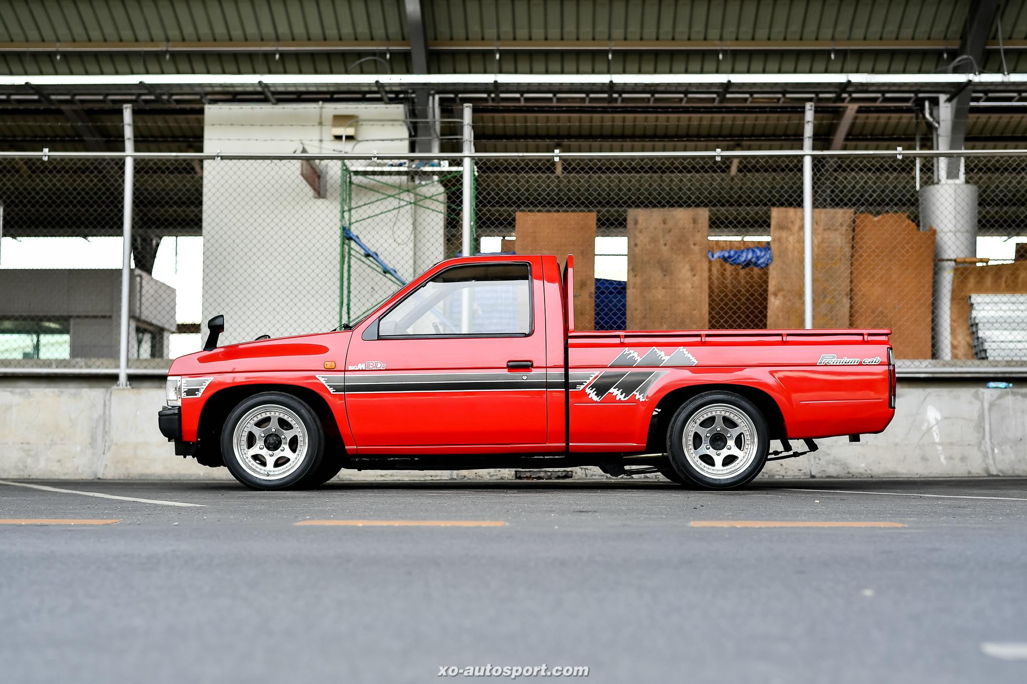 Short base truck 34