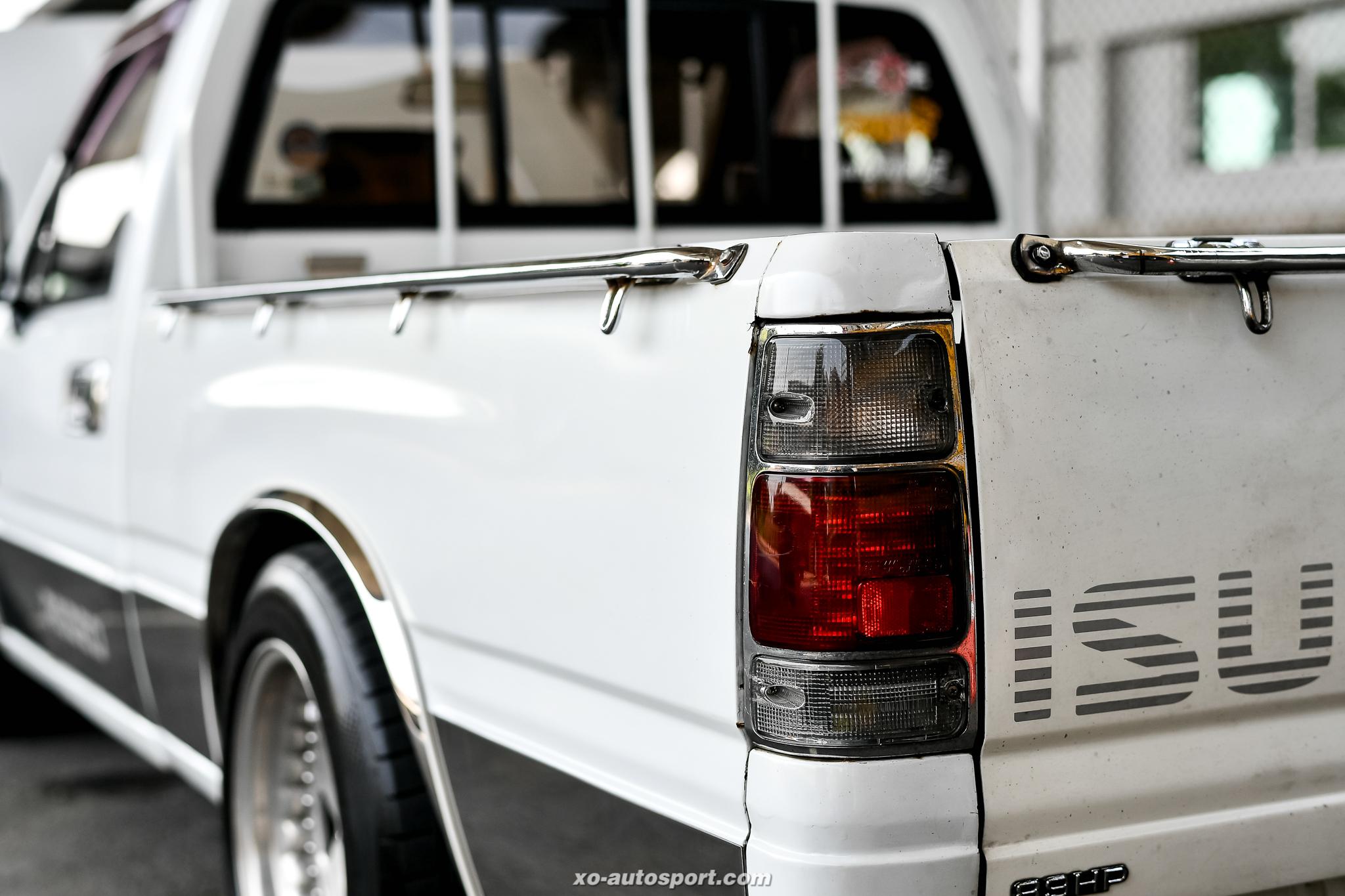 Short base truck 50